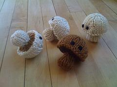 Knitted 'Shrooms