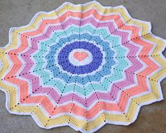 Fox's Rainbow Heart Round Ripple 15 Points
